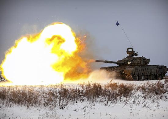 Под Оренбургом танкисты 2-й общевойсковой армии ЦВО приняли участие в первом этапе «Танкового биатлона-2019»